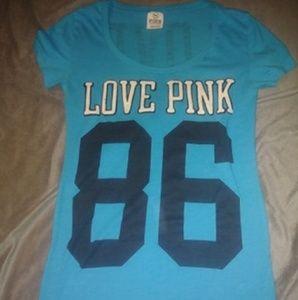 Women's Vs pink t-shirt